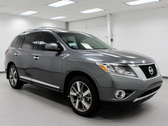 New 2016 Nissan Pathfinder Platinum 4d Sport Utility In